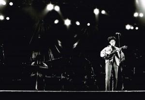 「牧歌」のなかでマンドリンやってはまってステージでも弾いてた。